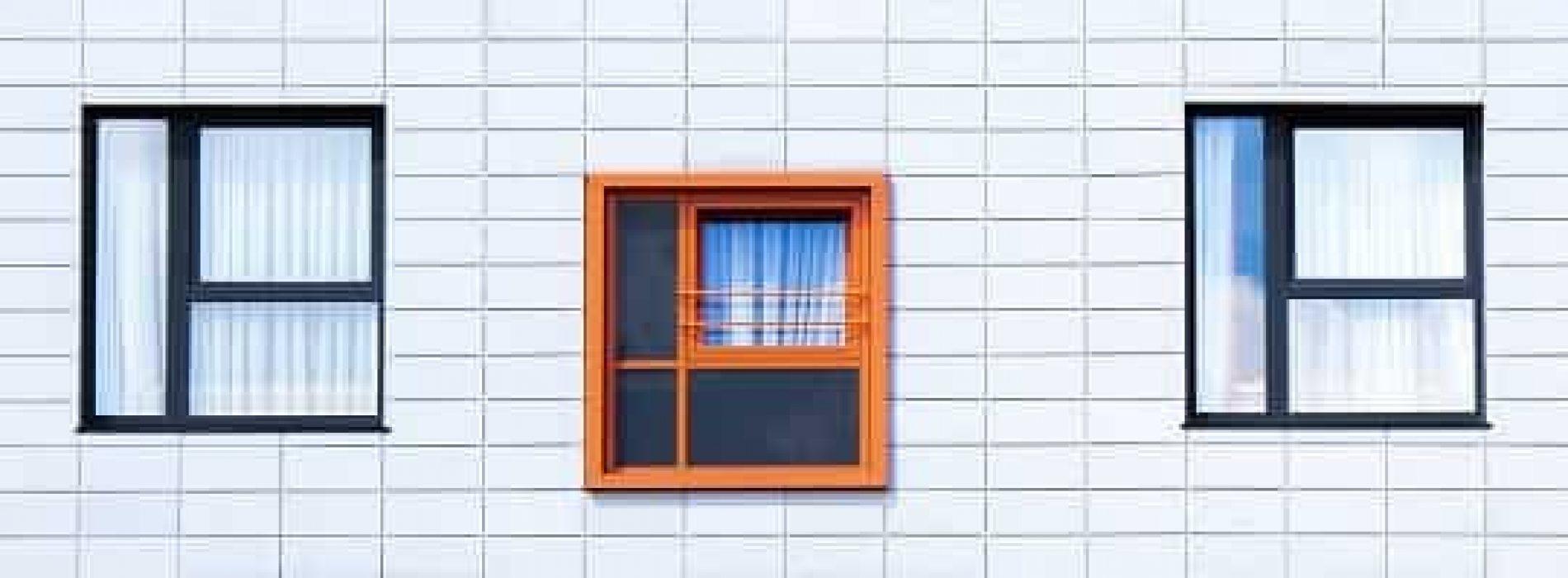 Hvilke regler gjelder for rømningsvei gjennom vindu?